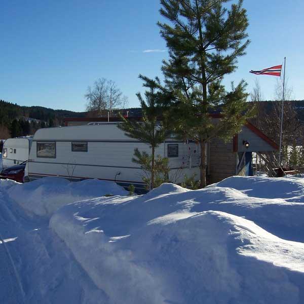 Vintercamping på Sigernessjøen Camping
